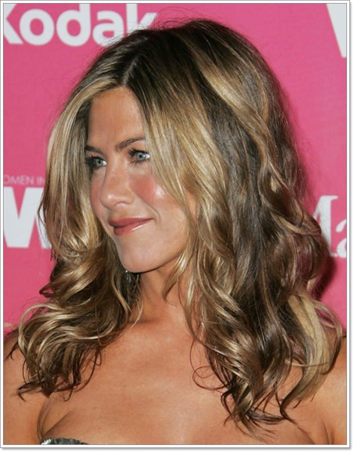 121 Premier Wavy Hairstyles For A Youthful Look Stylying
